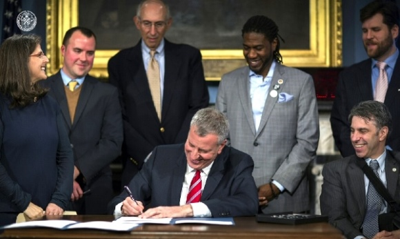 Mayor Bill de Blasio signs Helen's accessibility bills into law (March 14, 2016)