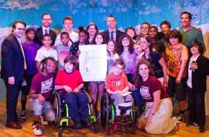 Helen presenting a proclamation to Kids Creative (July 17, 2015)